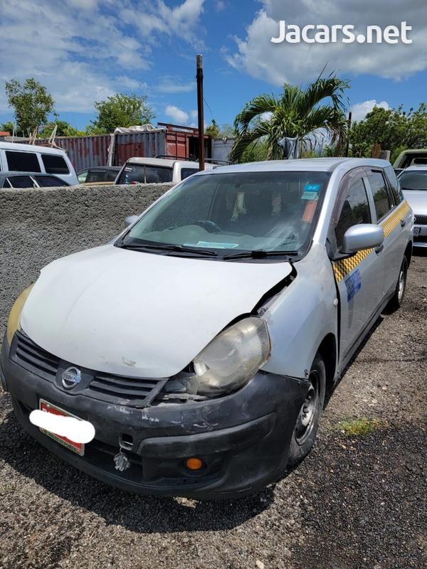 Nissan AD Wagon 1,2L 2013-3