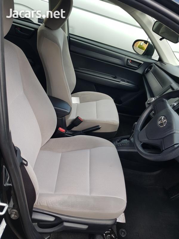 Toyota Axio 1,5L 2017-8