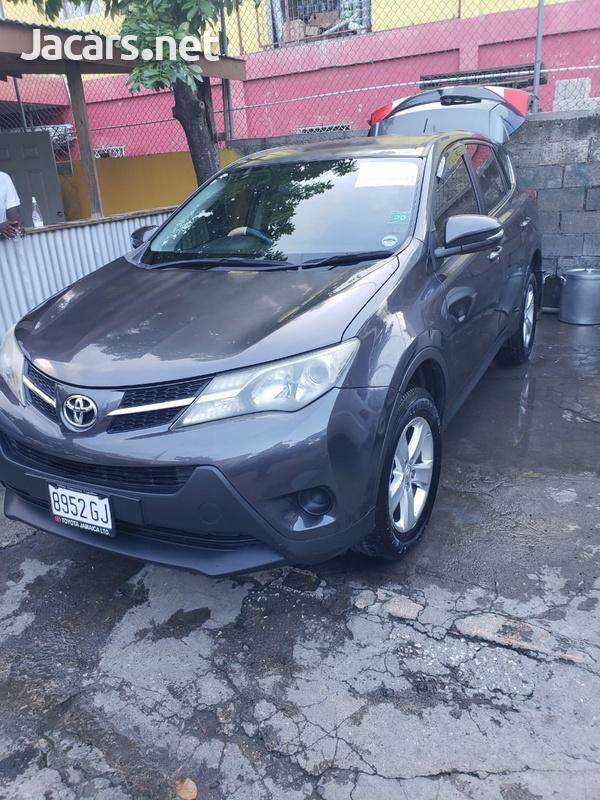 Toyota RAV4 2,0L 2013-7