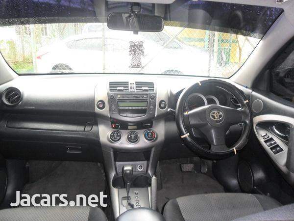 Toyota RAV4 2,0L 2008-7