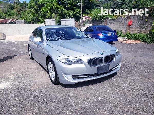 BMW 5-Series 2,5L 2012-1