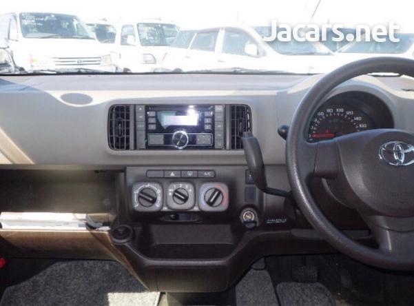 Toyota Passo 1,0L 2016-6