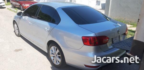 Volkswagen Jetta 1,4L 2013-6