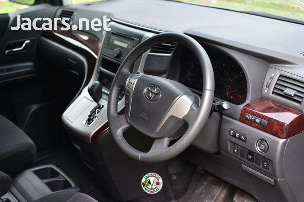 Toyota Vellfire 2,0L 2014-7
