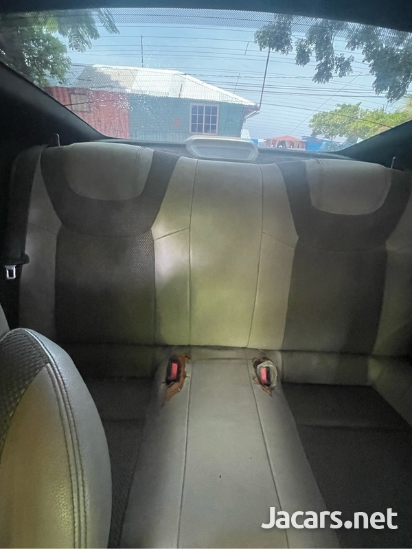 Hyundai Genesis 3,5L 2013-8