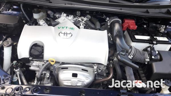 Toyota Axio 1,5L 2016-5