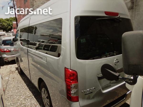 2013 Nissan Caravan-7
