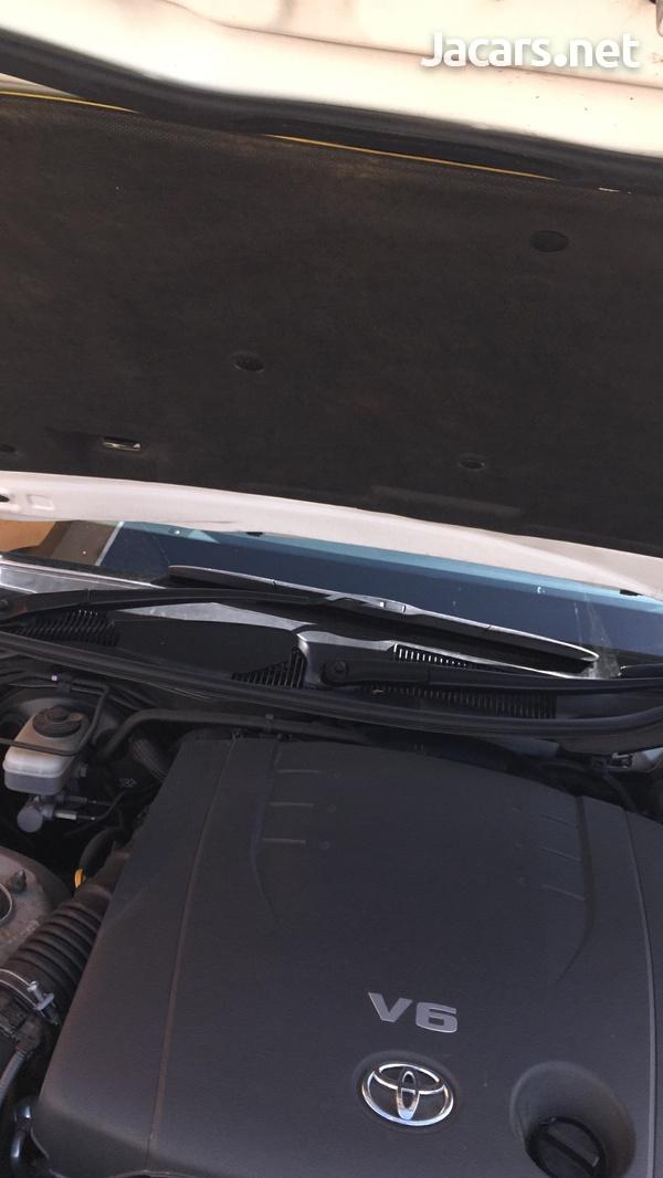 Toyota Mark X 2,5L 2015-9