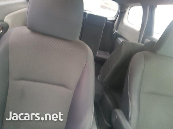 Toyota Wish 1,4L 2010-5