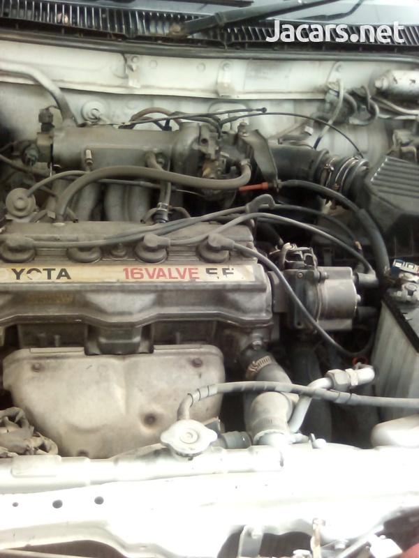 Toyota Corolla 2,9L 1990-7