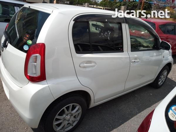 Toyota Passo 1,2L 2014-1