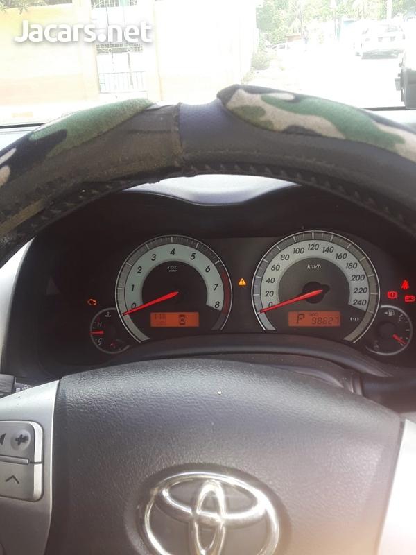 Toyota Corolla Altis 1,6L 2013-6