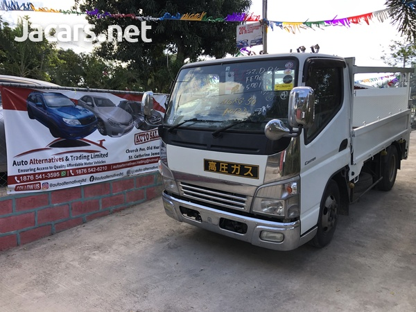 2010 Mitsubishi Fuso Canter Truck-1