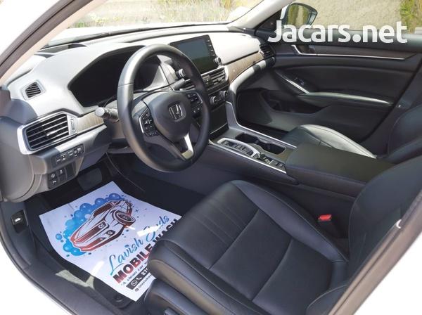 Honda Accord 2,0L 2020-11
