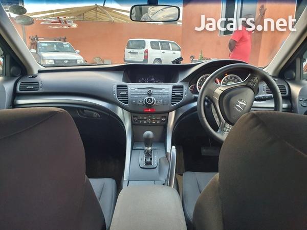Honda Accord 1,8L 2012-9