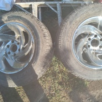 Set of used tyres and rims