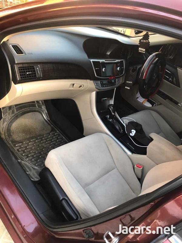 Honda Accord 2,0L 2013-9