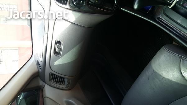Honda Accord 2,0L 2002-5