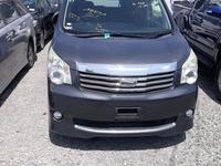 Toyota Noah 1,8L 2011
