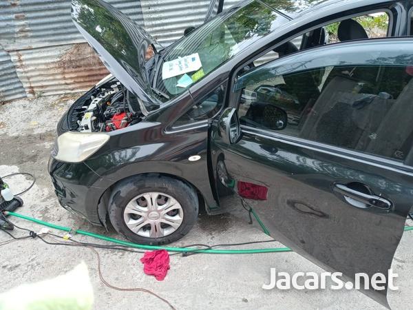 Nissan Note 0,6L 2013-9