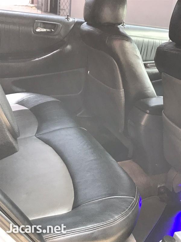 Honda Accord 2,3L 1999-3
