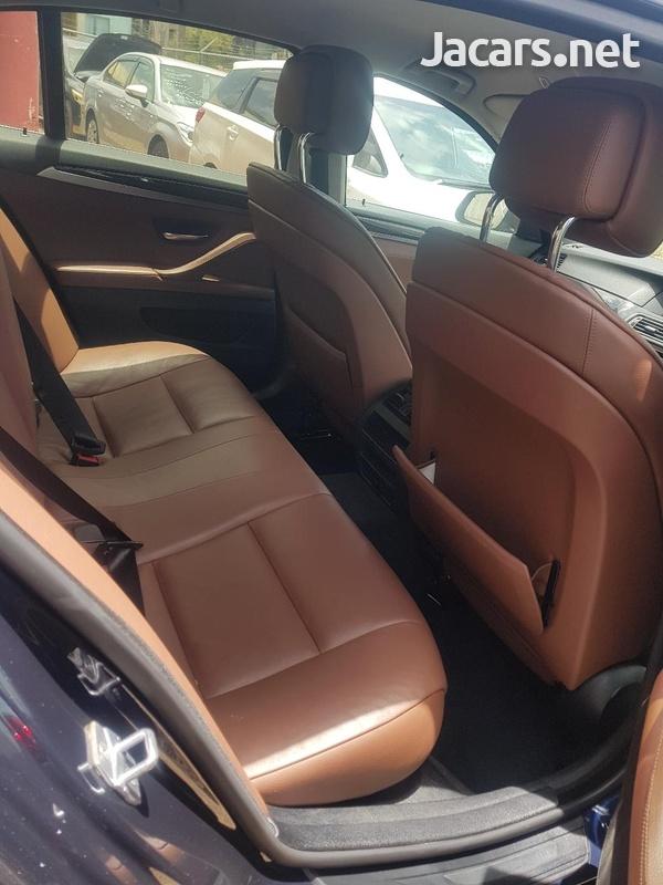 BMW 5-Series 2,0L 2013-5