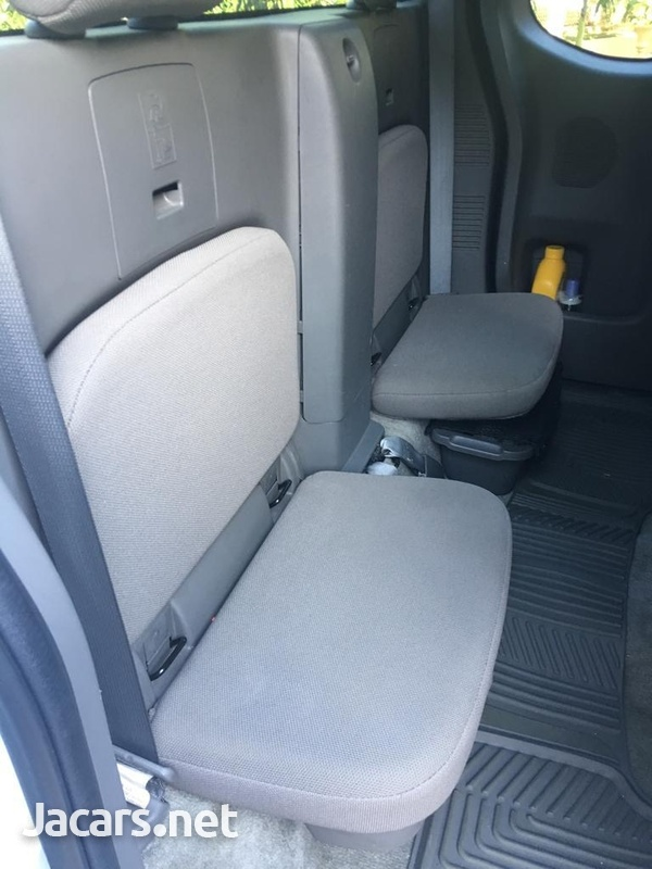 Nissan Frontier 3,0L 2015-5