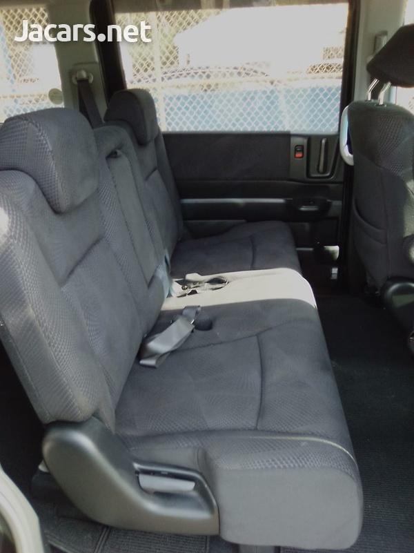 Honda Step wagon 2,0L 2011-4