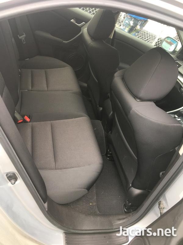 Honda Accord 1,4L 2012-10