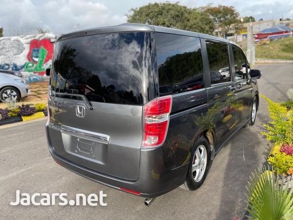 Honda Step wagon 2,0L 2010-6
