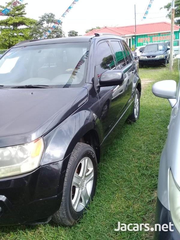 Suzuki Grand Vitara 2,0L 2006-3