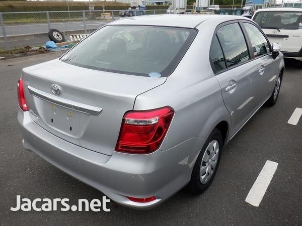 Toyota Axio 1,4L 2019-7