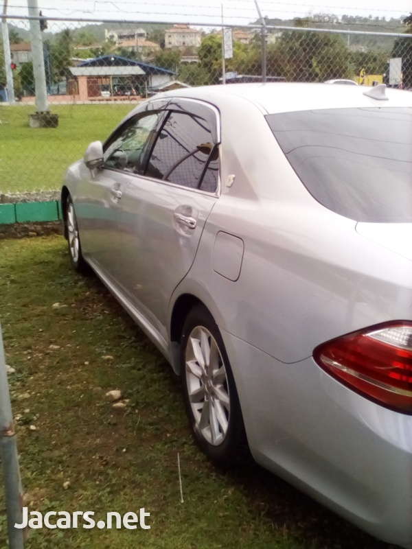 Toyota Crown 3,0L 2010-6