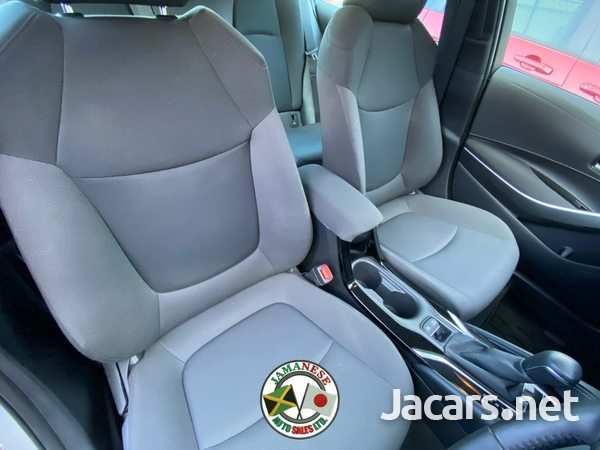 Toyota Corolla 1,8L 2019-9