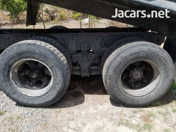 1995 AutoCar Truck-3