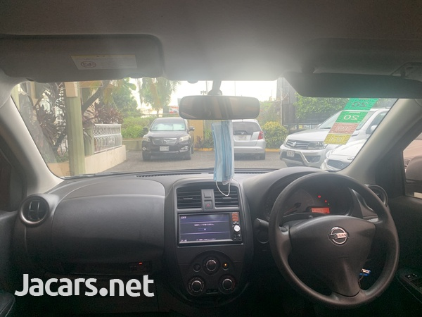 Nissan Latio 1,2L 2015-7