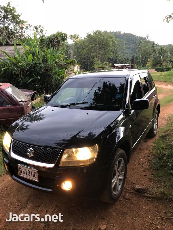 Suzuki Escudo 2,0L 2008-3