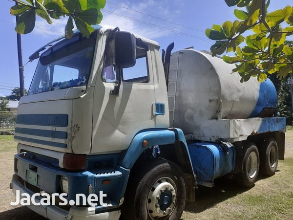 Leyland daf water truck-2