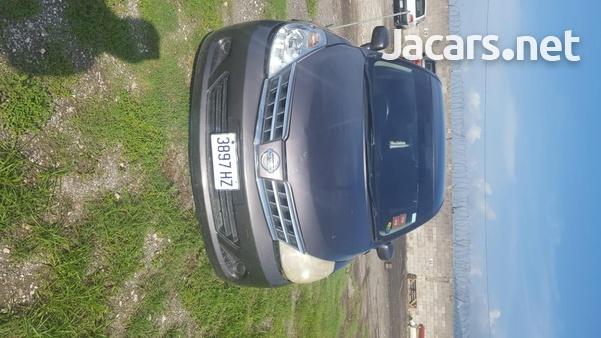 Nissan Tiida 1,5L 2009-8