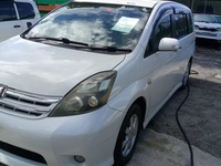 Toyota Isis 2,0L 2010