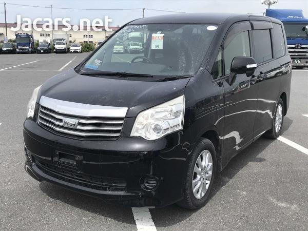Toyota Noah 1,8L 2012-2
