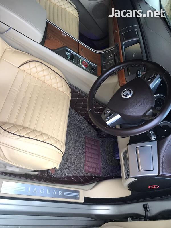 Jaguar XF 3,5L 2011-5