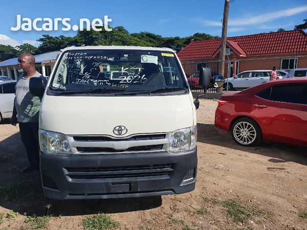 Toyota Haice Bus 2,0L 2013-1
