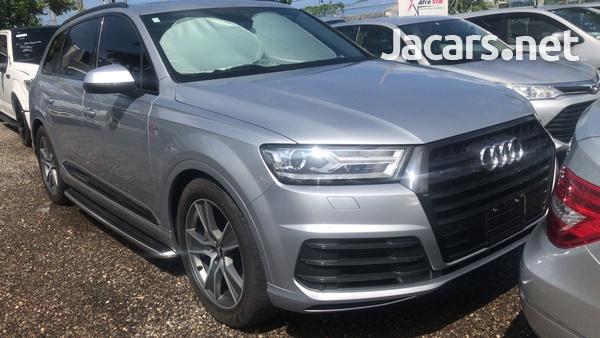 Audi Q7 3,0L 2018-1