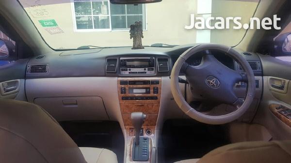 Toyota Corolla Altis 1,5L 2005-4