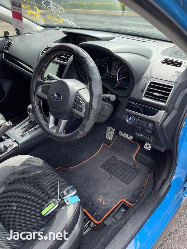 Subaru XV 2,0L 2015-6