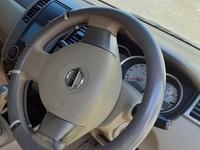 Nissan Tiida 3,1L 2012