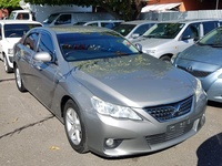 Toyota Mark X 1,6L 2012