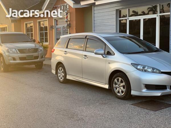 Toyota Wish 1,8L 2012-1