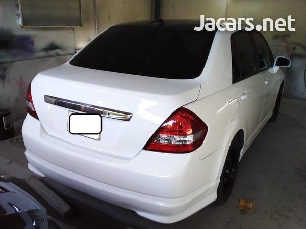 Nissan Tiida 1,5L 2007-7